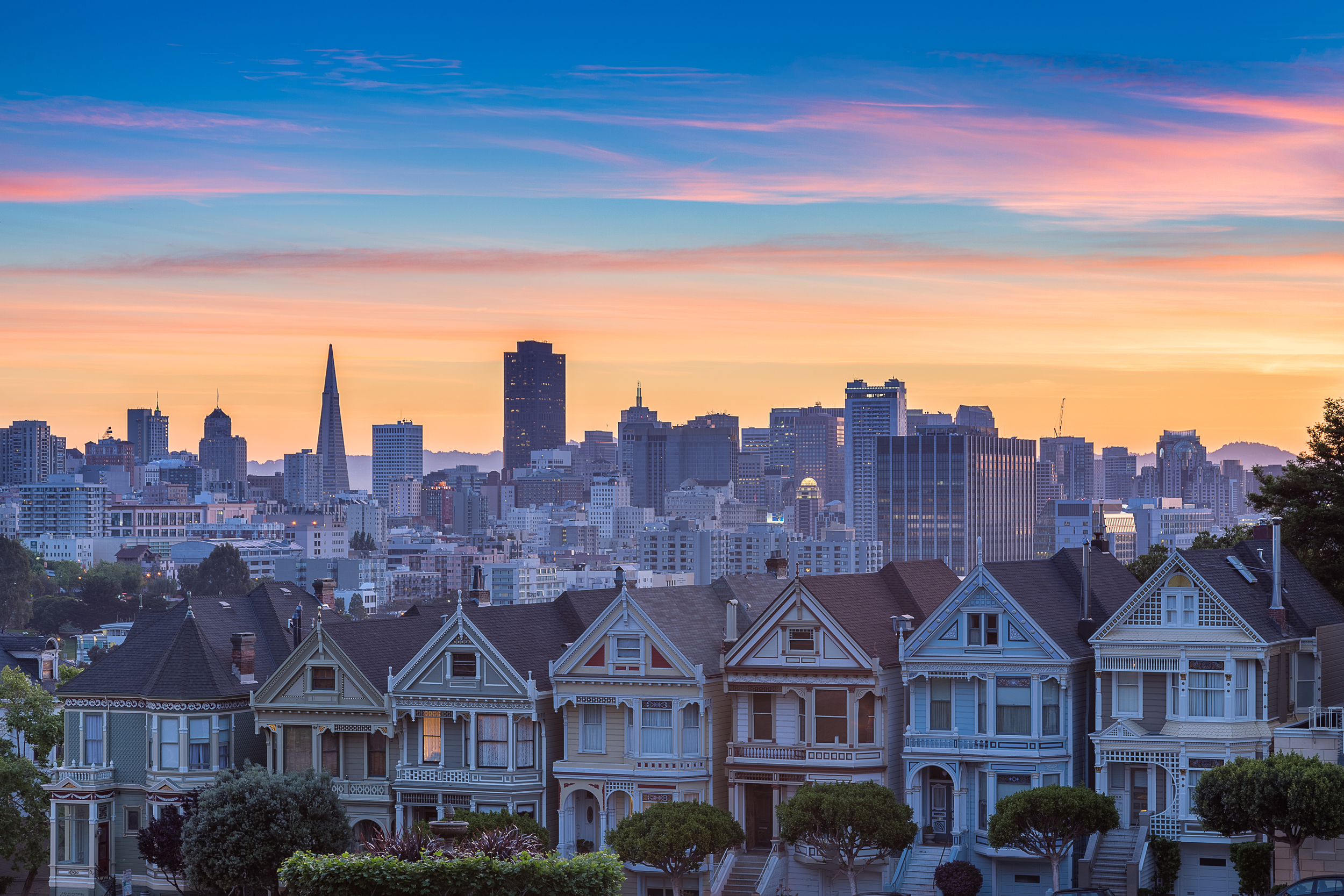 The Painted Ladies - San Francisco Travel Guide