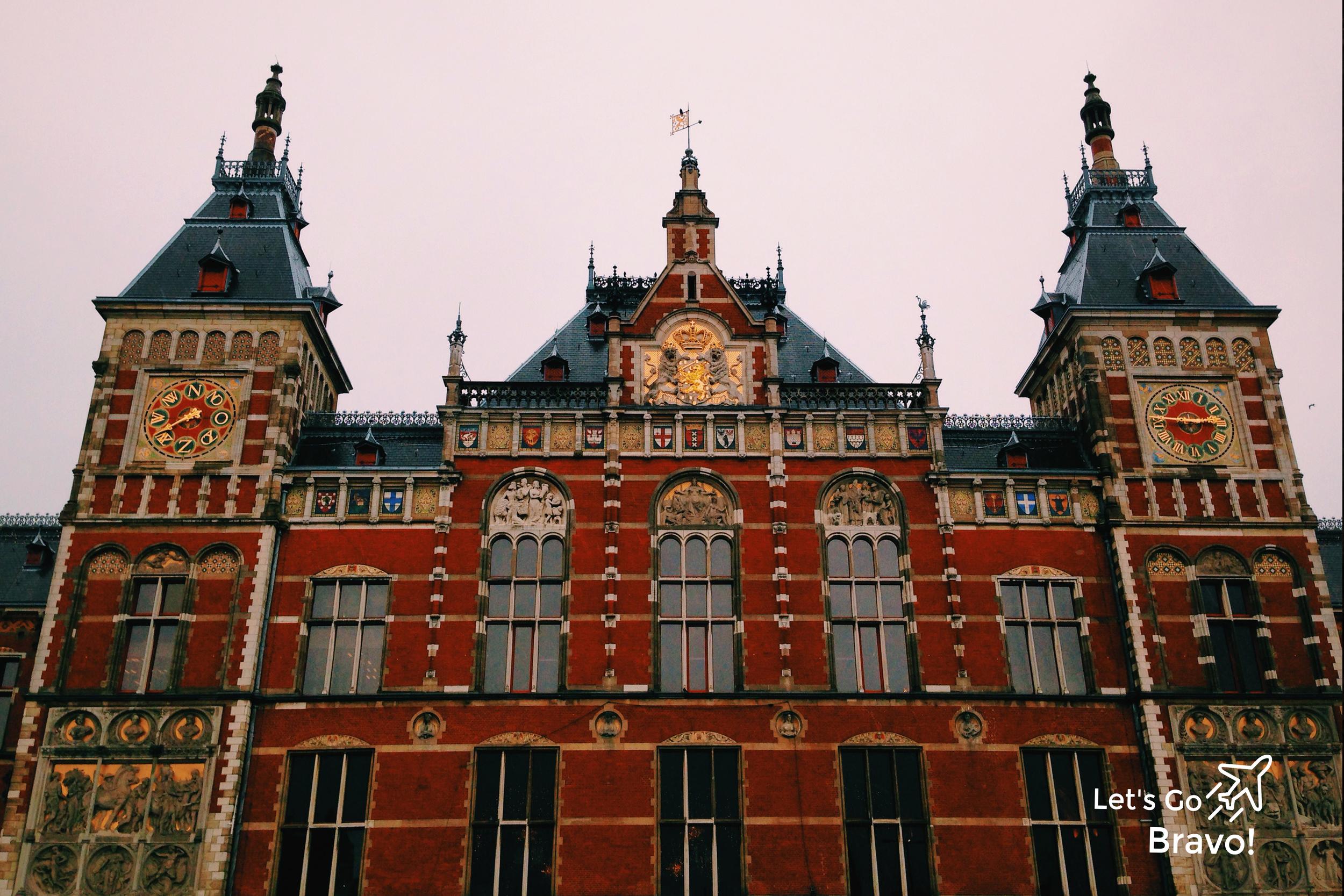 Amsterdam Travel Guide - Let's Go Bravo - Eric Bravo Photography