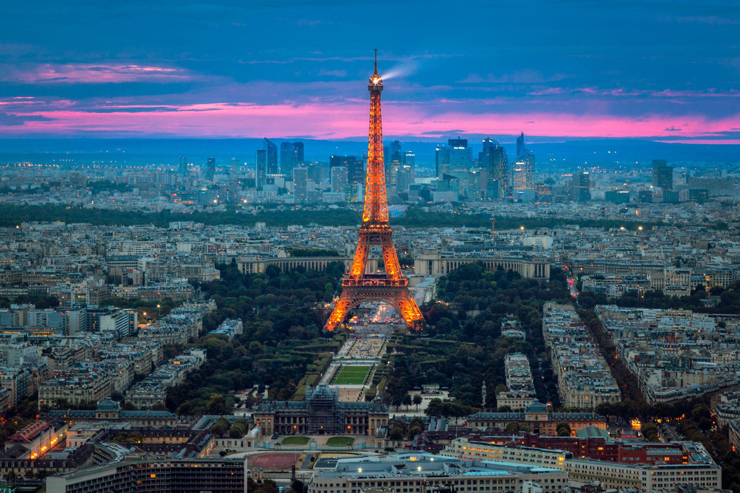 Taken from   Observatoire Panoramique de la Tour Montparnasse - Eric Bravo Photography