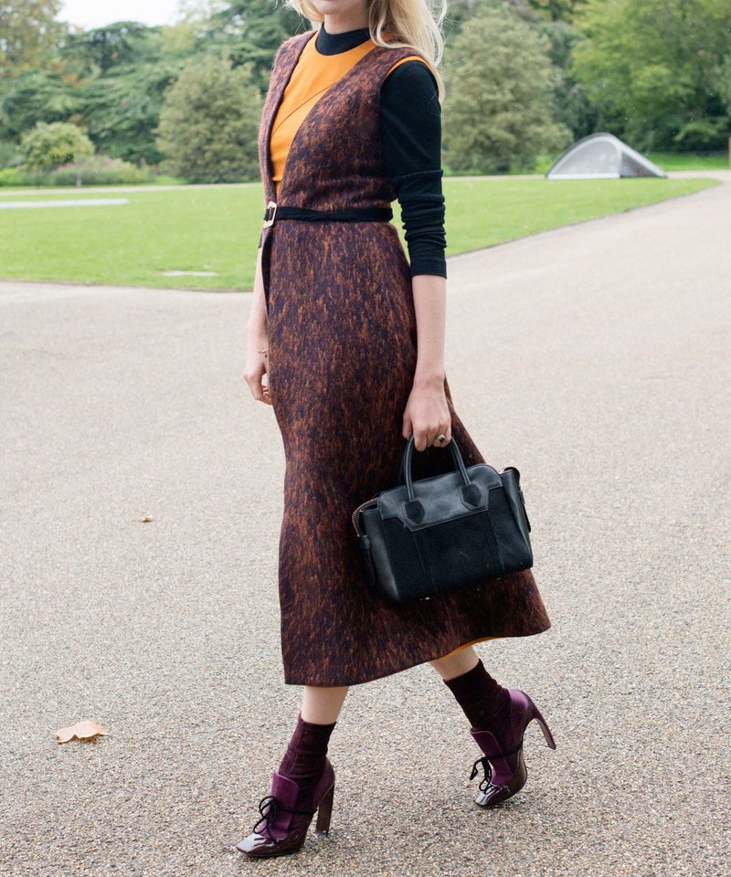 092515-midi-skirts-embed-1.jpg