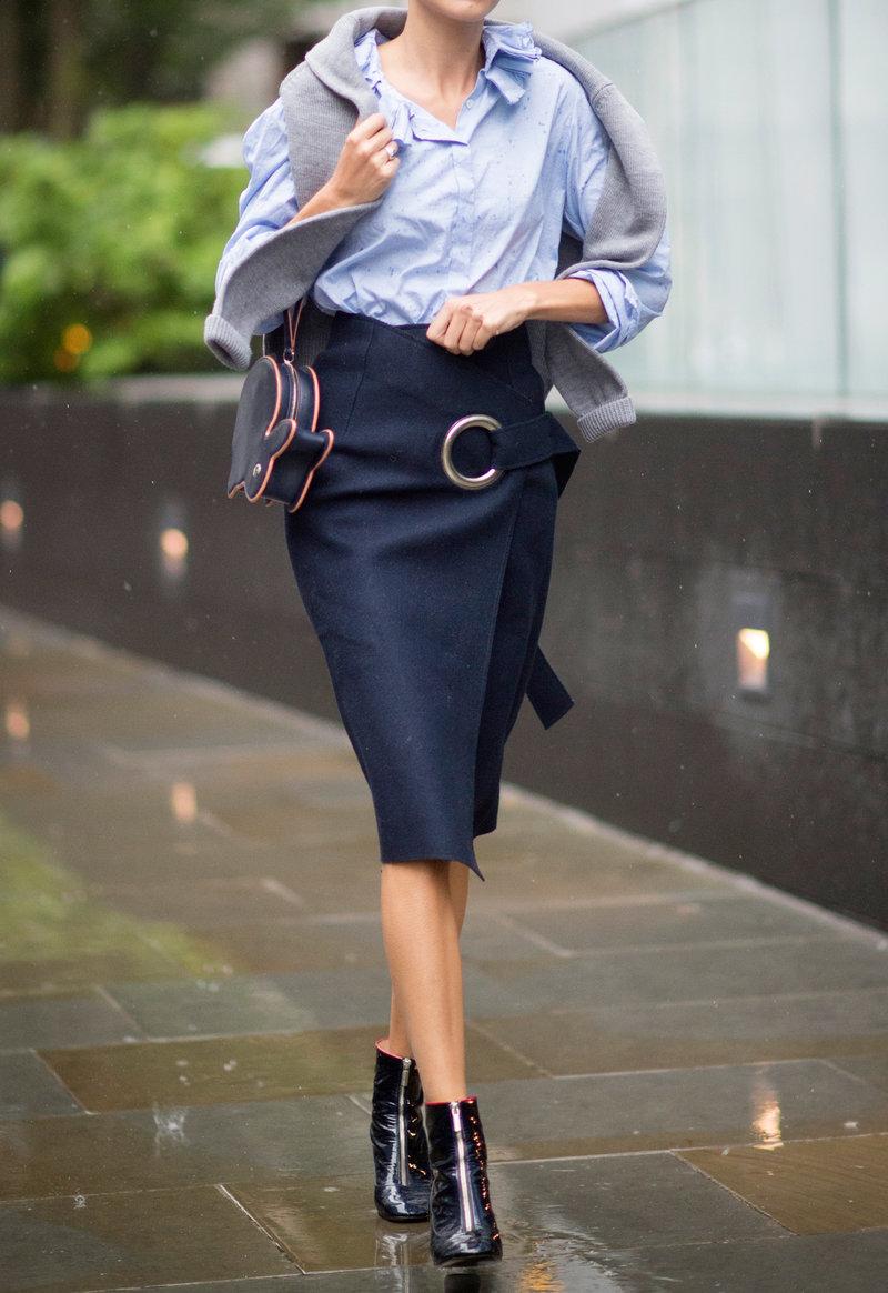 092515-midi-skirts-embed-4.jpg