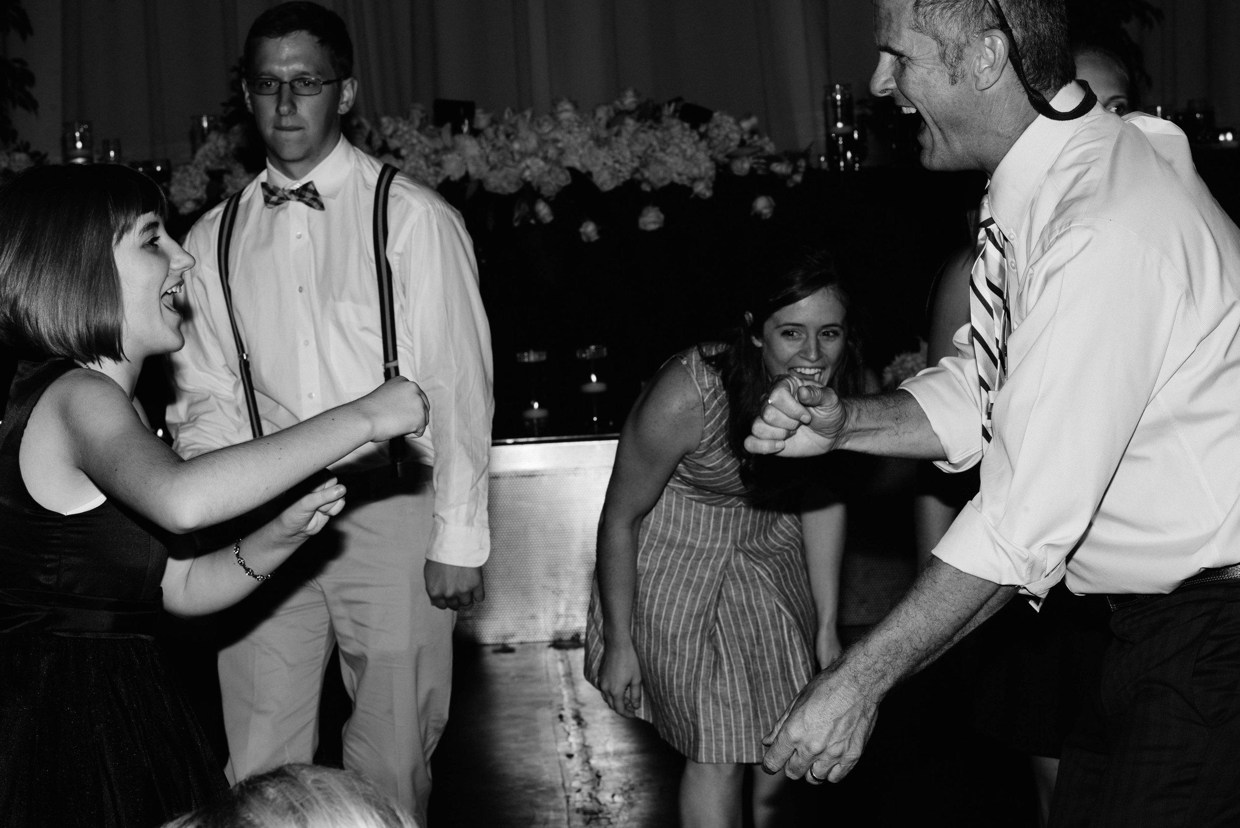 Annie-Justin-Blog-Indianapolis-Wedding-105.jpg