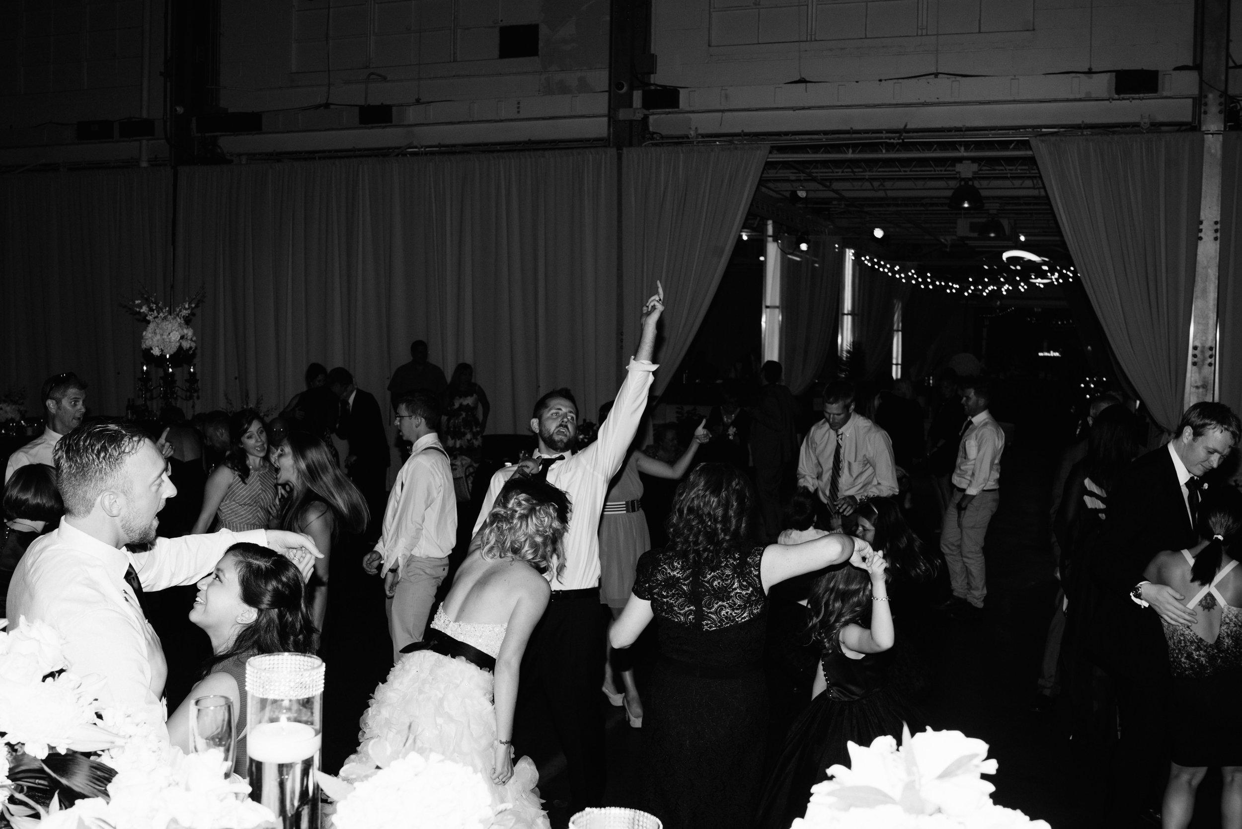 Annie-Justin-Blog-Indianapolis-Wedding-112.jpg