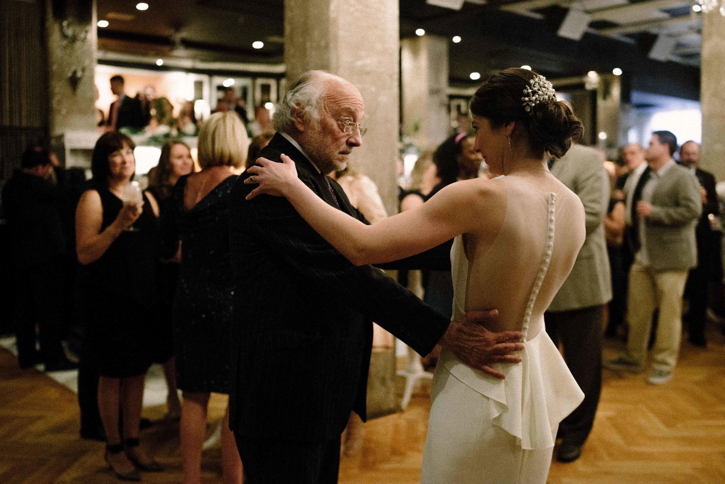Patricia-Steve-Blog-Indianapolis-Wedding-118.jpg