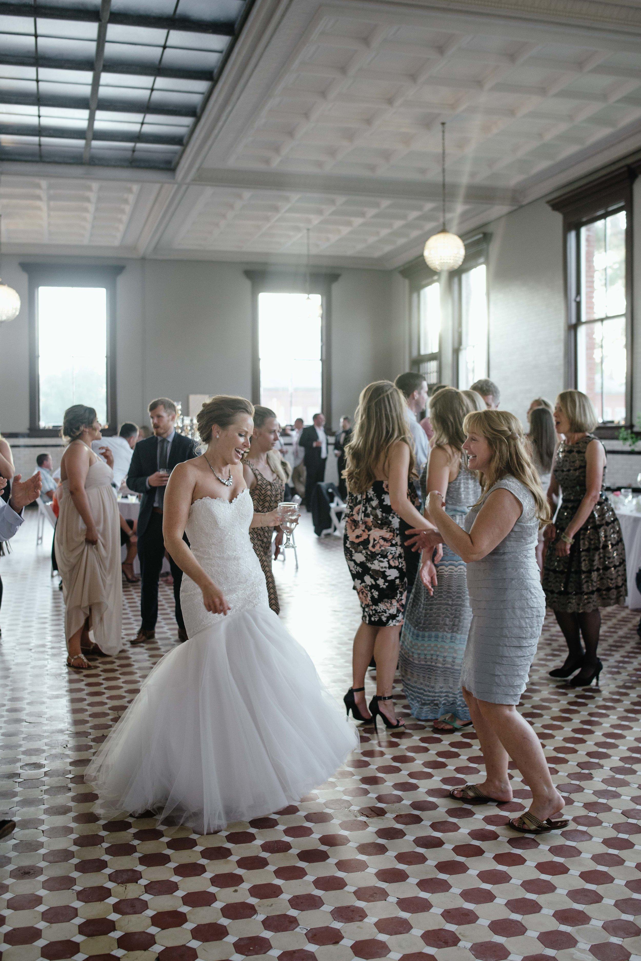 Mina-Steve-Blog-Indianapolis-Wedding-170.jpg