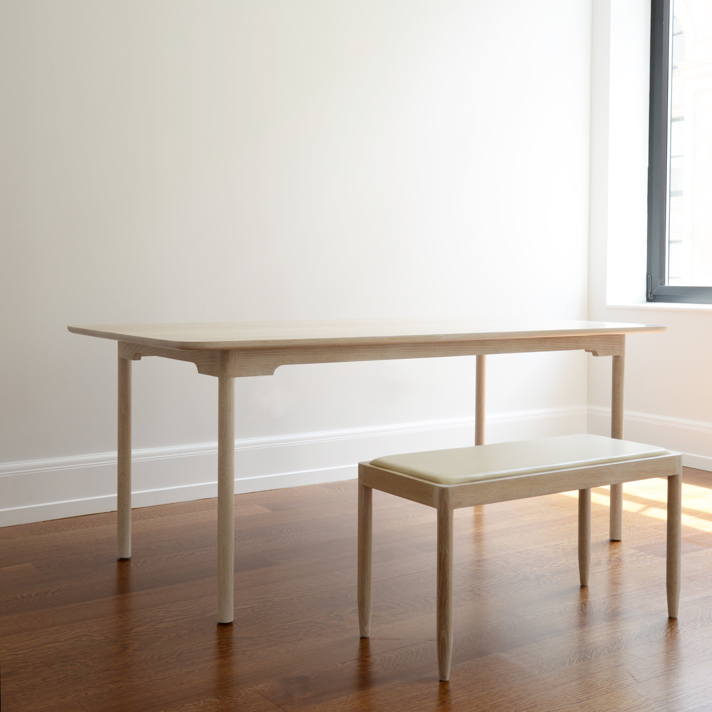 ENTRYWAYBENCH-[ANGLE]SQ.jpg