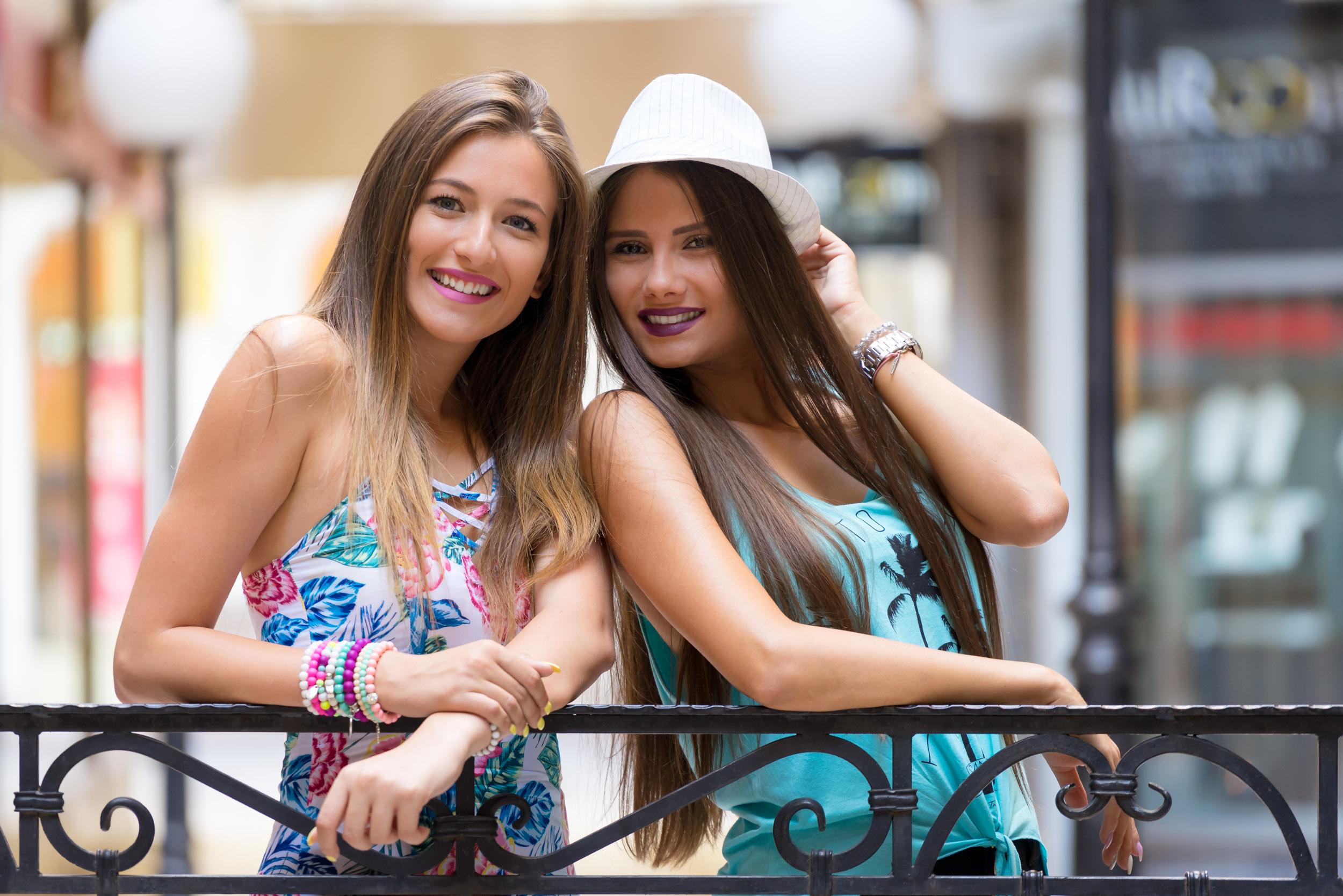 Tamra&Nina-1.jpg