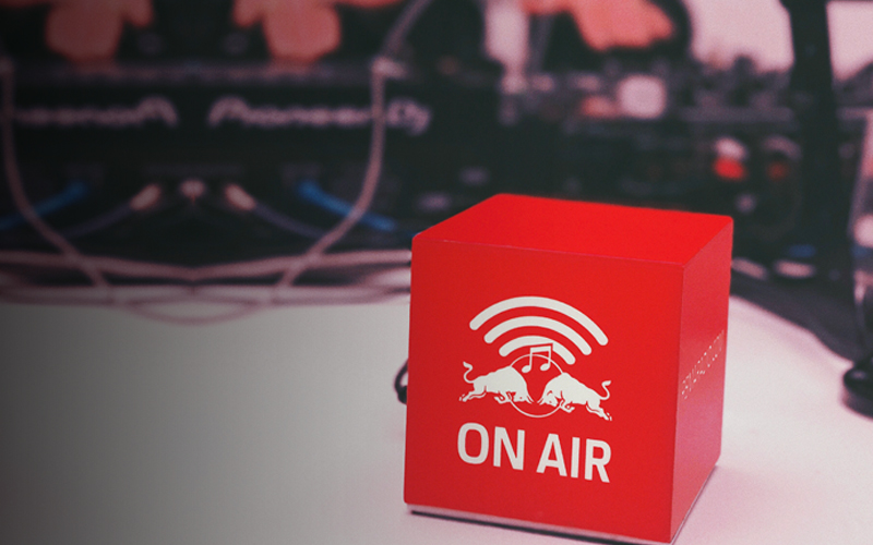 radio3.jpg