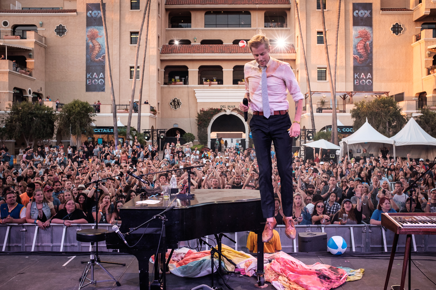 ANDREW-MCMAHON-IN-THE-AIR-005.jpg