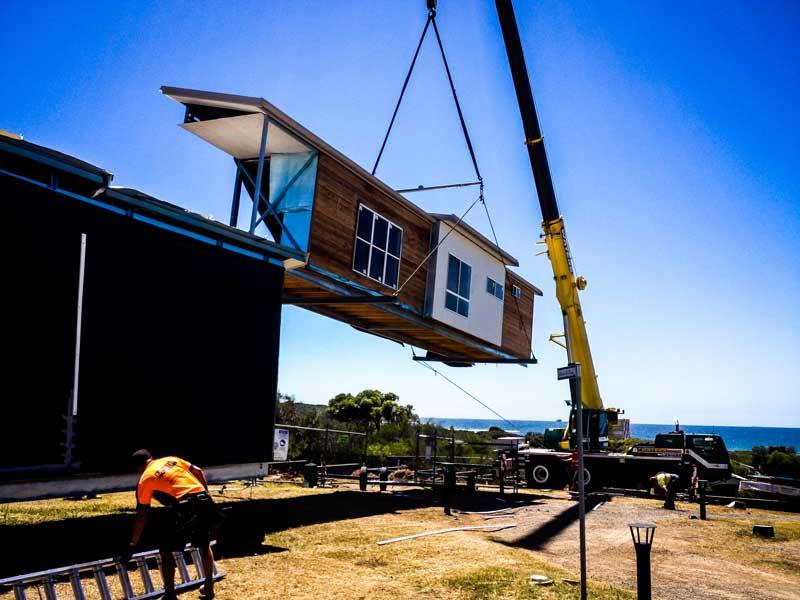 modular-building-delivery.jpg