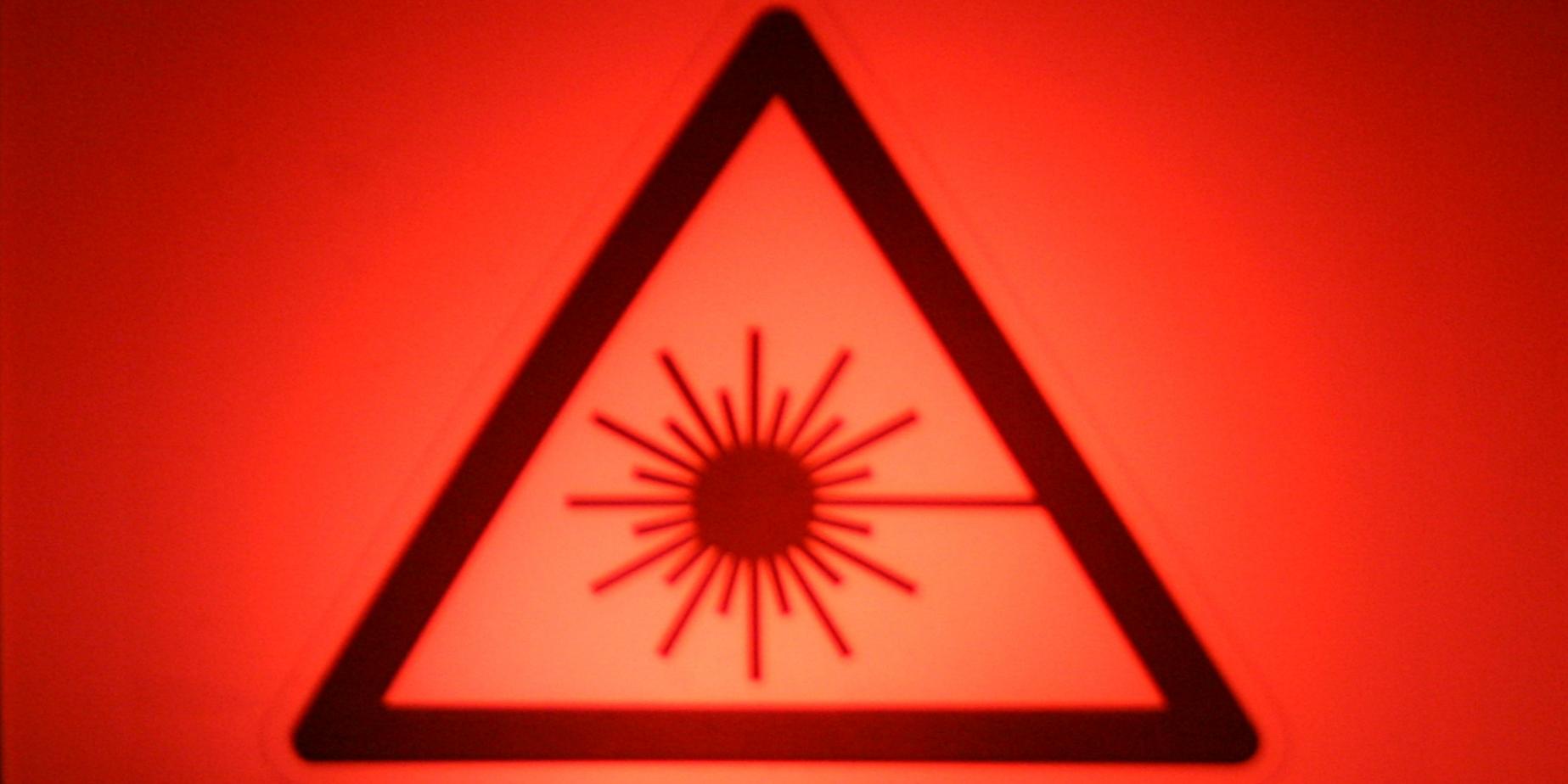 Laseron-2x1-1200x600-2.png