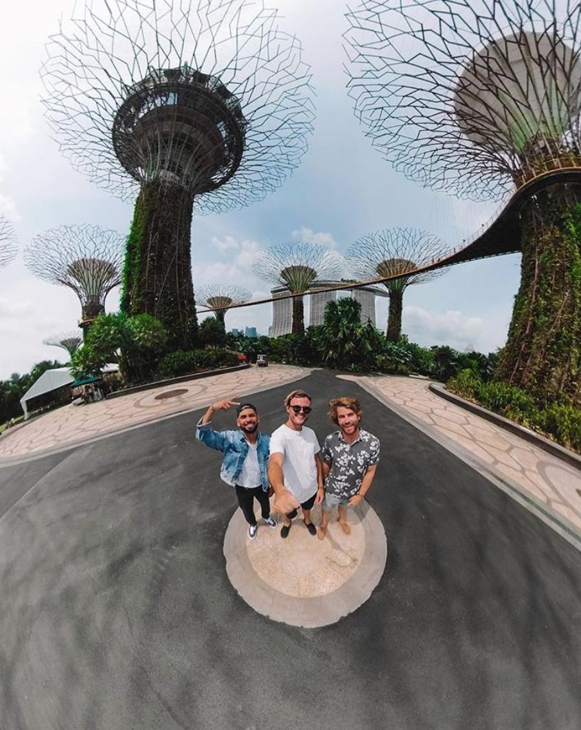 Hayden Quinn Travel Guide Singapore