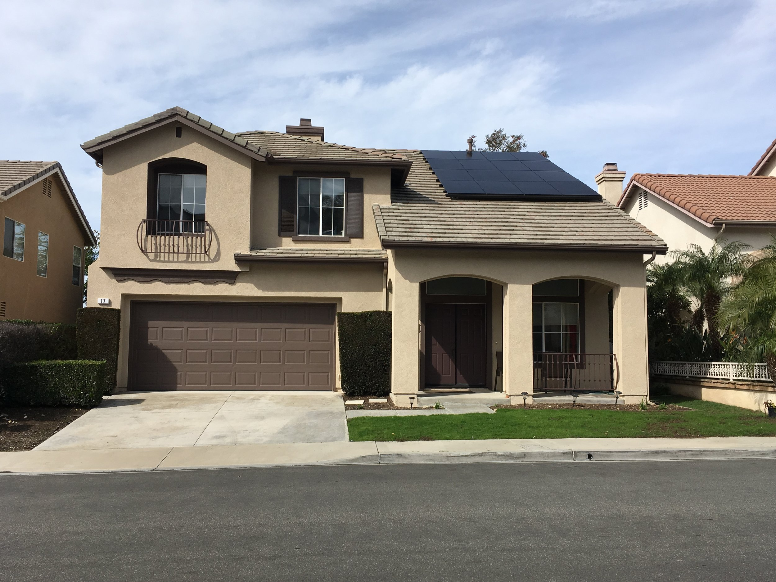 RANCHO SANTA MARGARITA, CA - 16 high efficiency PV modules total to 4.8 kWDC in  Rancho Santa Margarita, CA.  The system was commissioned in 2017.  The system is estimated to save the home owner $42,000 in electricity bill over 25 years.