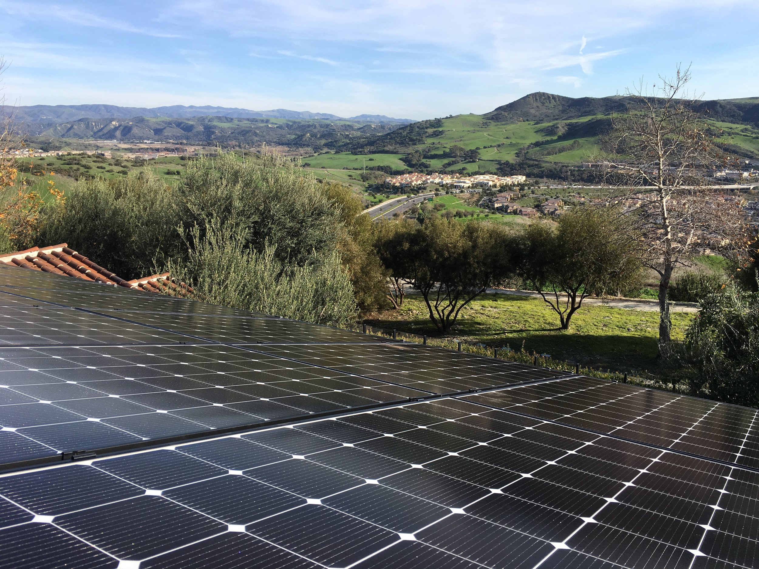 LADERA RANCH, CA - 32 high efficiency PV modules total to 10.7 kWDC located in Ladera Ranch. This system was commissioned in 2019 and is expected to save the Homeowner over $200,000 in electricity bills over the next 25 years.
