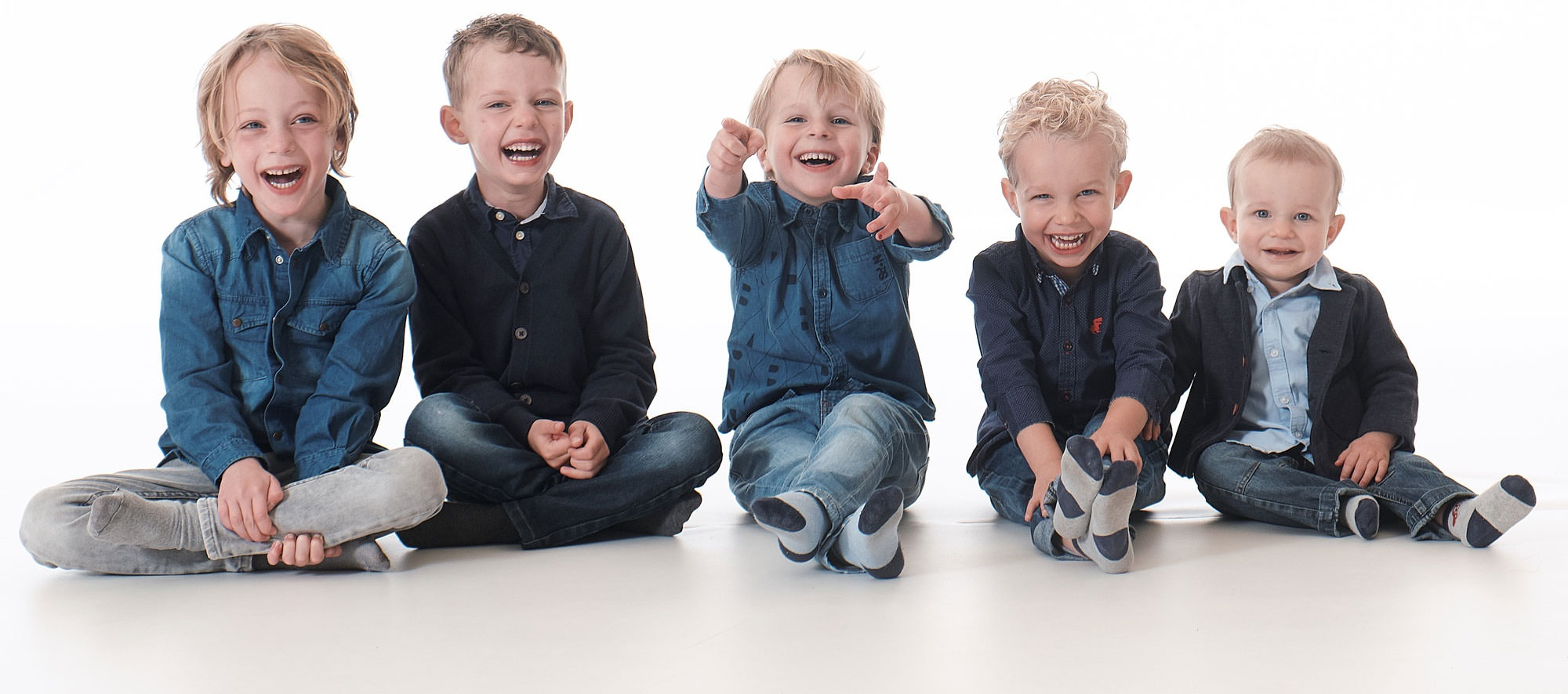 familieshoot-kinderen-in-de-fotostudio