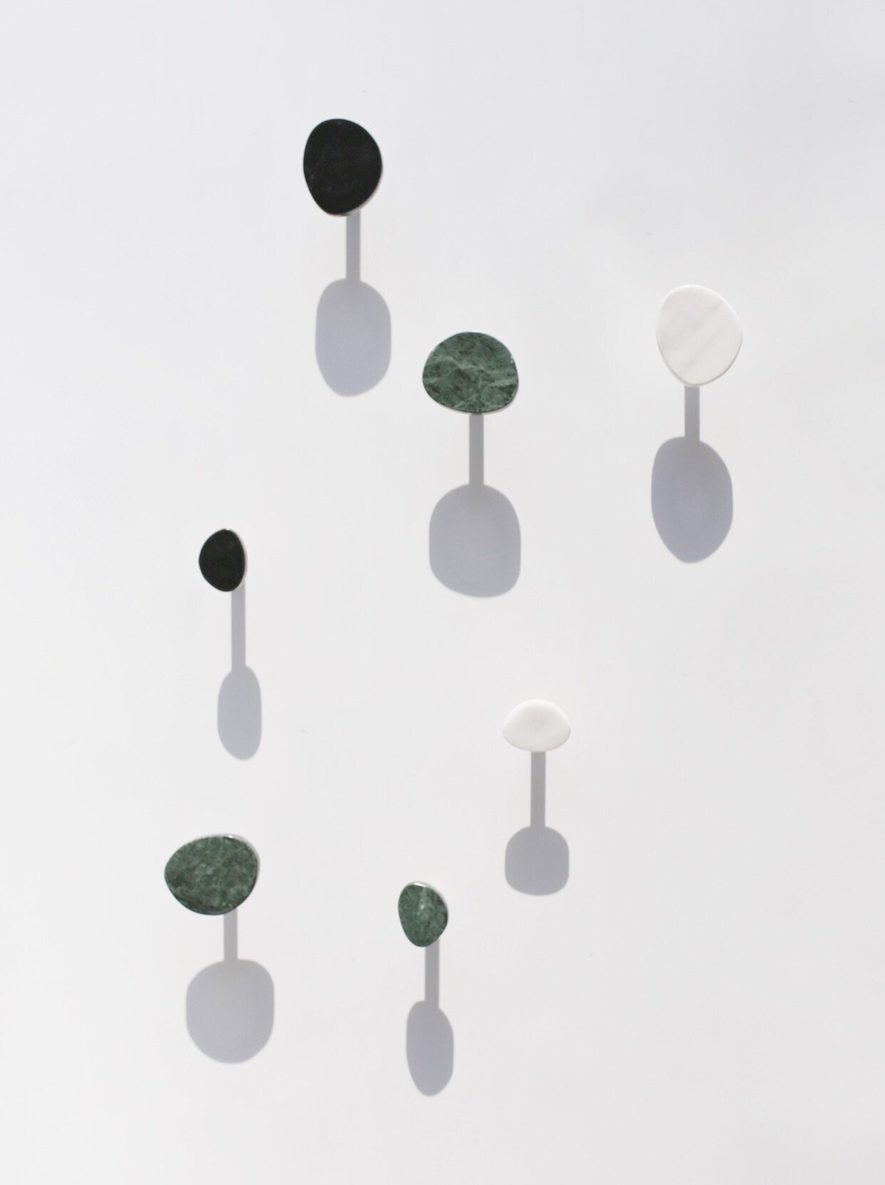 KAIT   Wall mounted marble with brass hardware hook  -   PRICE   Rp. 300.000/each  Rp. 575.000/set (small and large size)