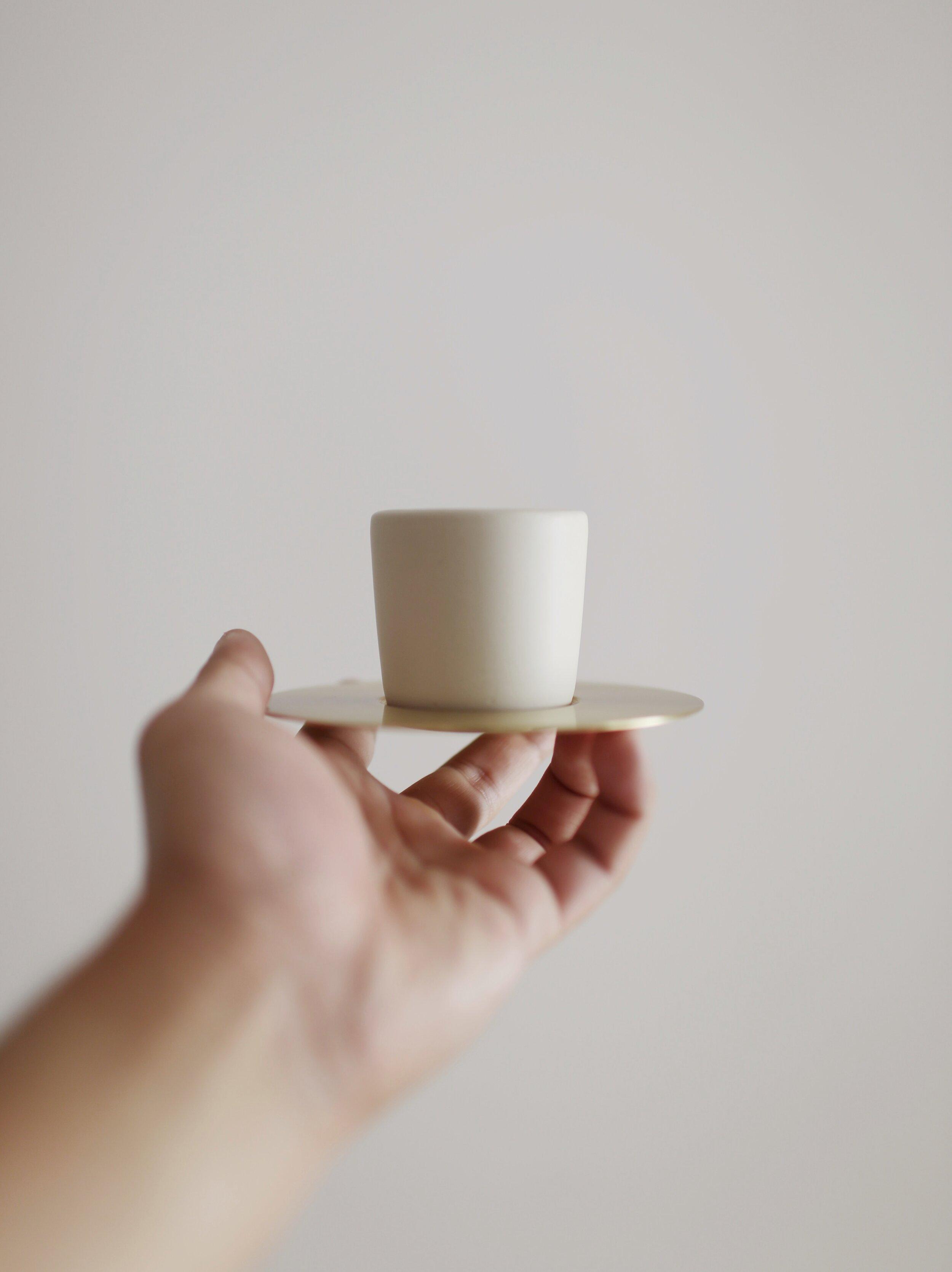 TYAGA x MISTER SUNDAY COFFEE SET   Espresso / cappuccino ceramic cup with brass coaster  -   PRICE   Espresso - Rp. 515.000  Cappuccino - Rp. 438.000