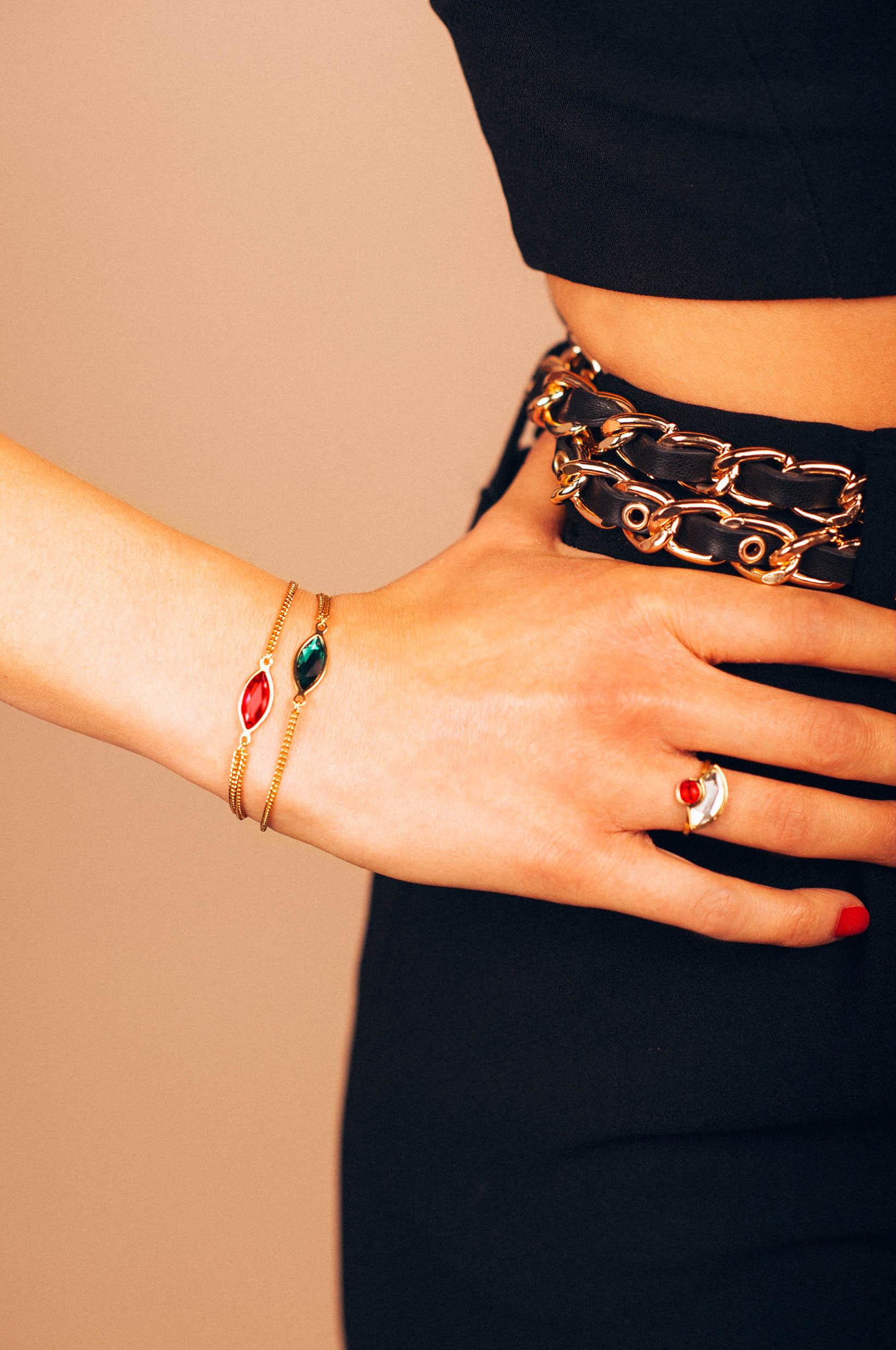 Lookbook_lestatillonnes_0018_Karen_bracelet.jpg
