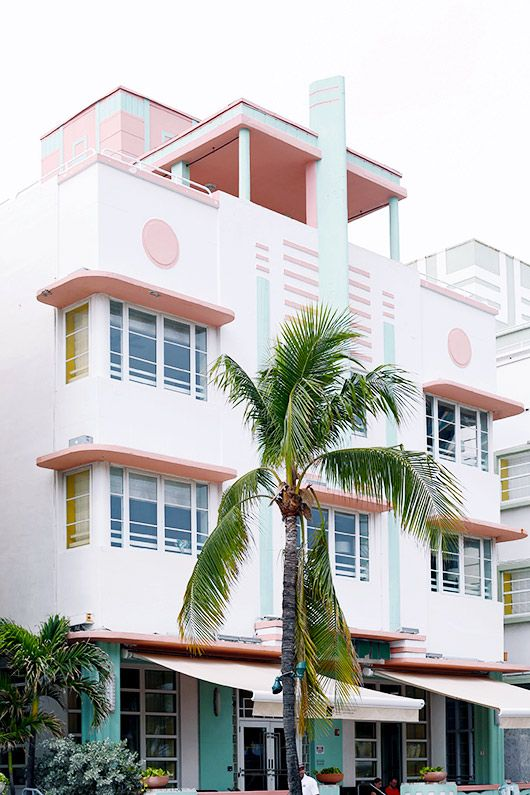 Mac Alpin Hotel in Miami Beach •  Leslie Santarina