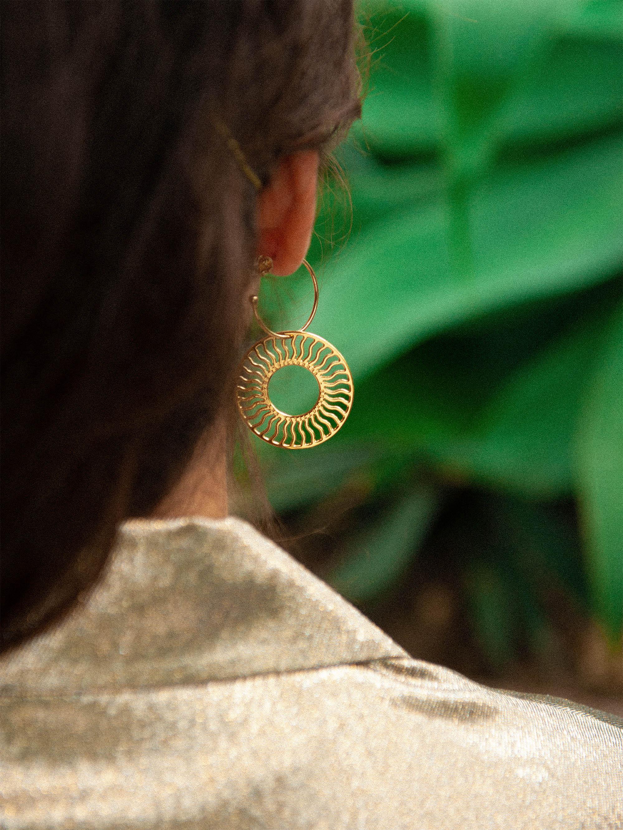 Lookbook_serres_jardin_botanique_metz_lestatillonnes_0014_Lookbook_serres_jardin_botanique_metz_lestatillonnes_bijoux_00.jpg