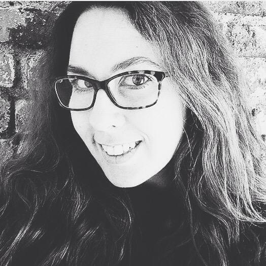 Lauren, Editor