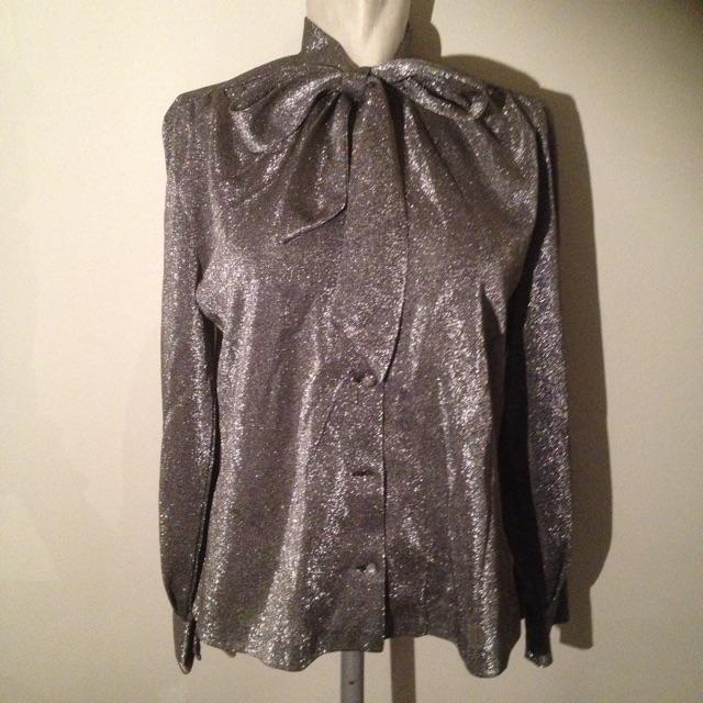 sølv skjorte.jpg