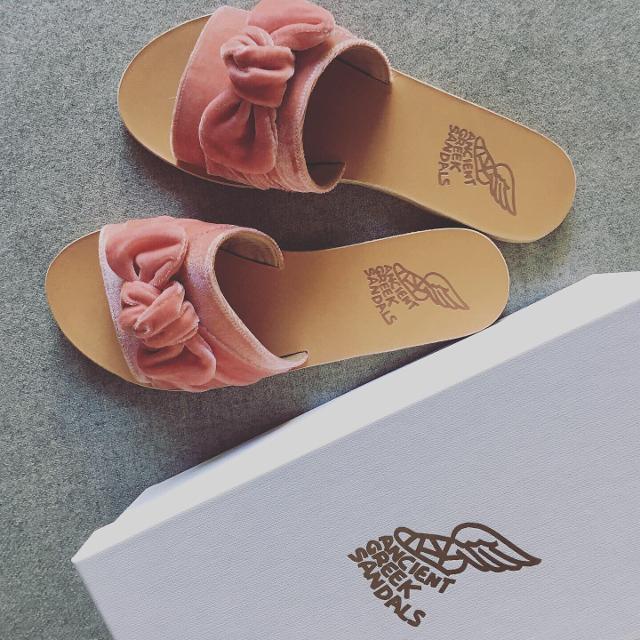sandaler.jpeg