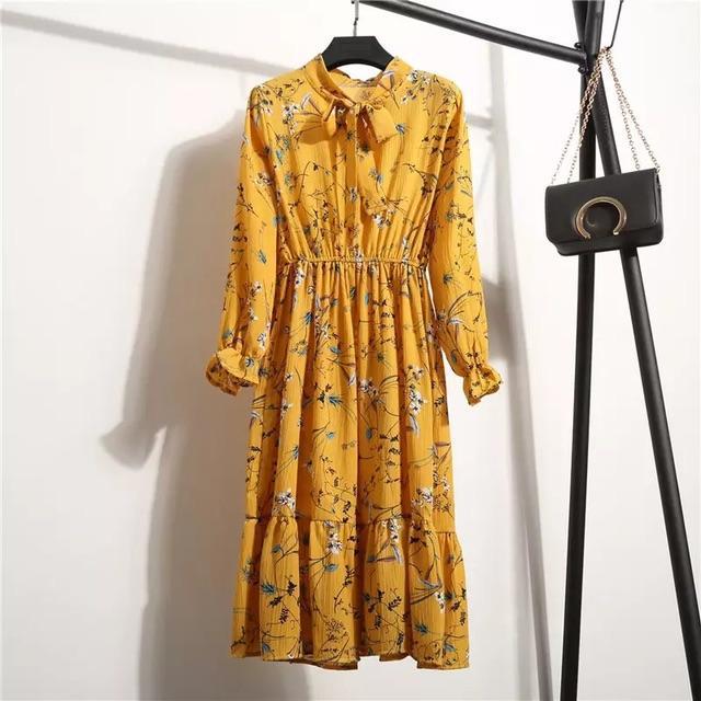 gul kjole.jpeg
