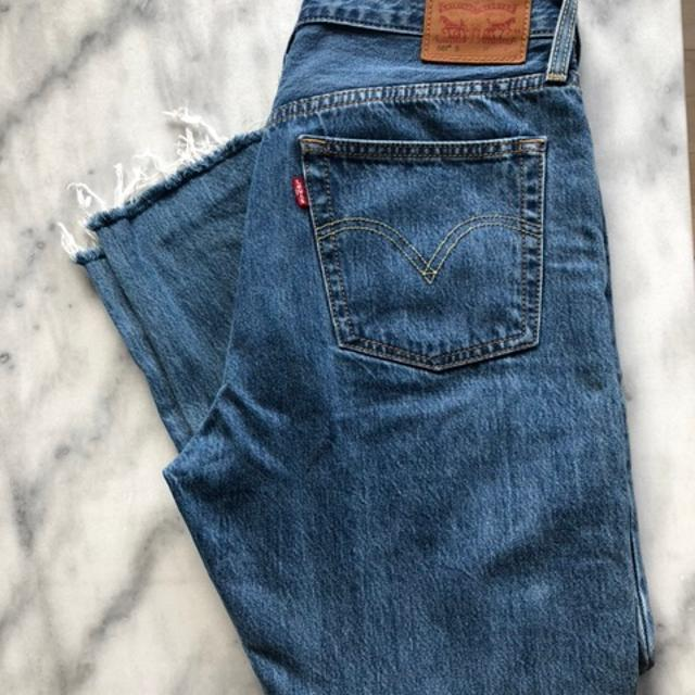 Levi_s Jeans.jpg