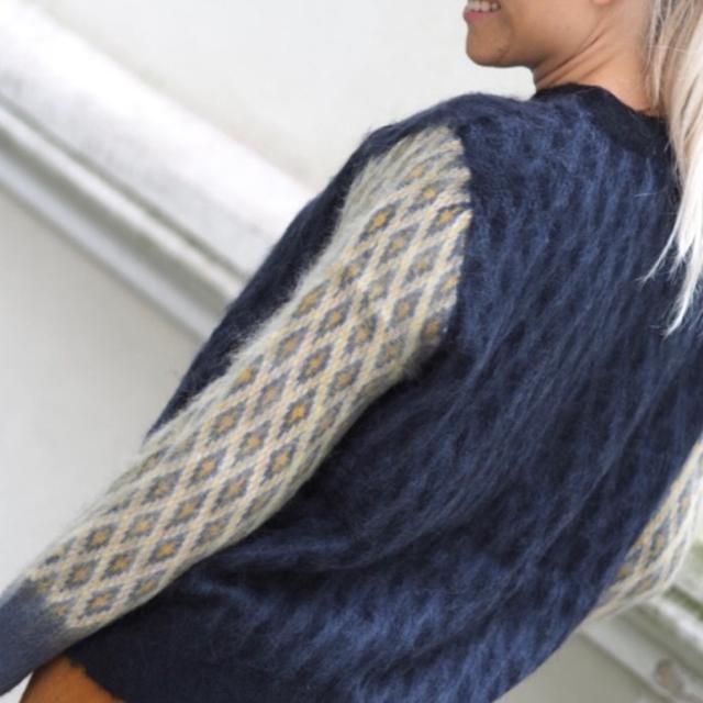 Munthe Sweater.jpg