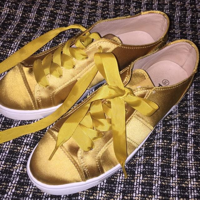 Philip Hog Sneakers.jpg