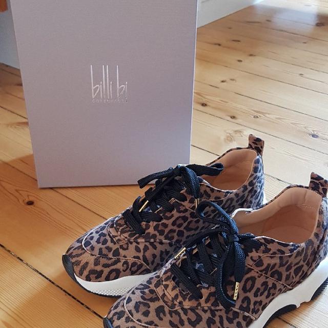 Billi Bi Sneakers.jpeg