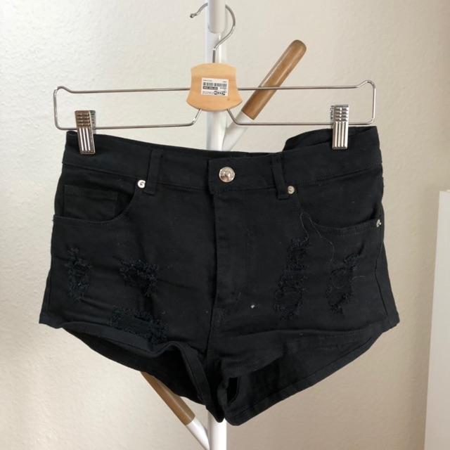 hm shorts 3.jpeg