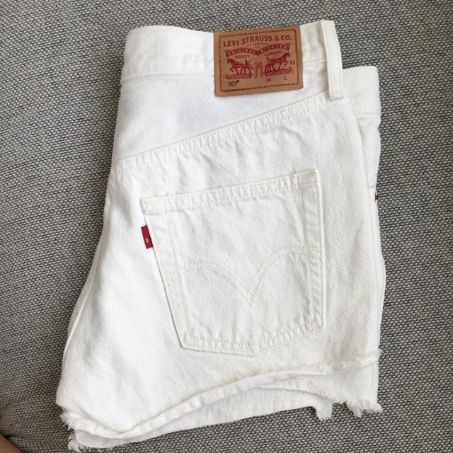 Levi_s Shorts.jpeg