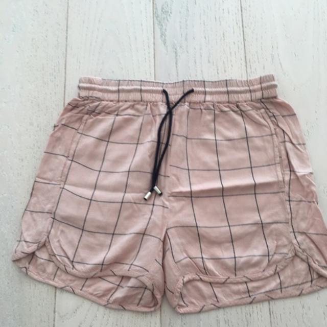 Sofie Schnoor Shorts.jpeg