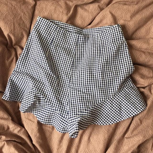 Zara Shorts 4.jpeg