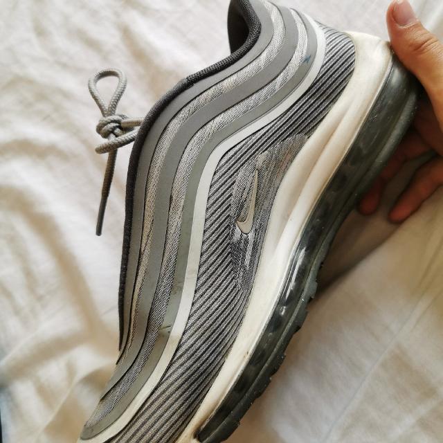 Nike sneakers 2.jpeg