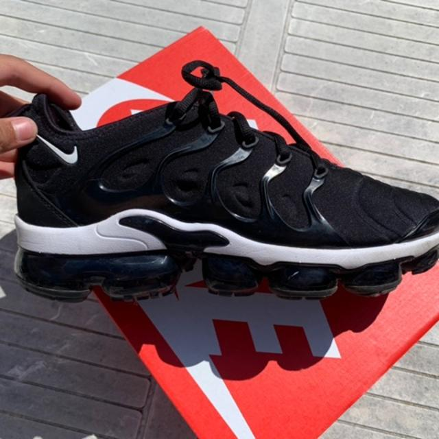 Nike sneakers. 4.jpeg