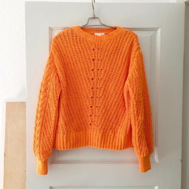 H&M sweater.jpeg