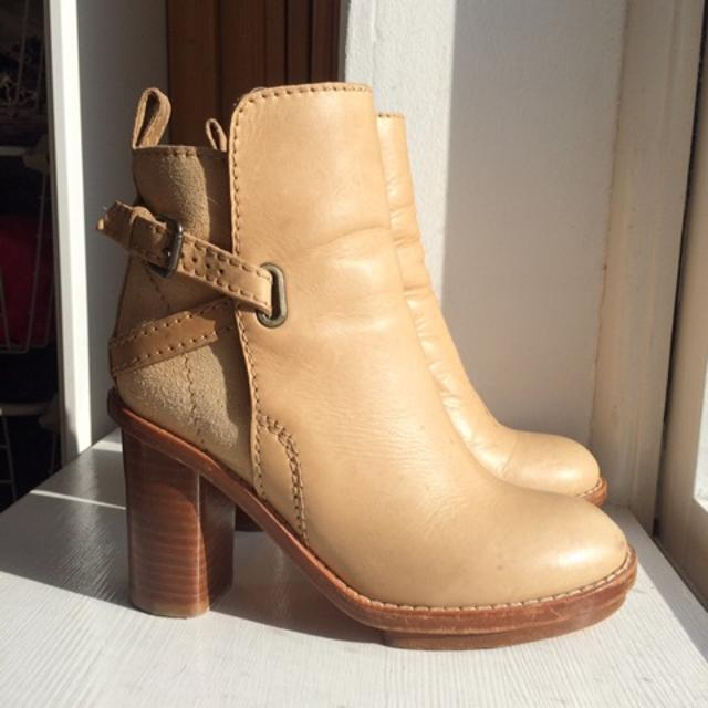 acne studios støvler.jpeg