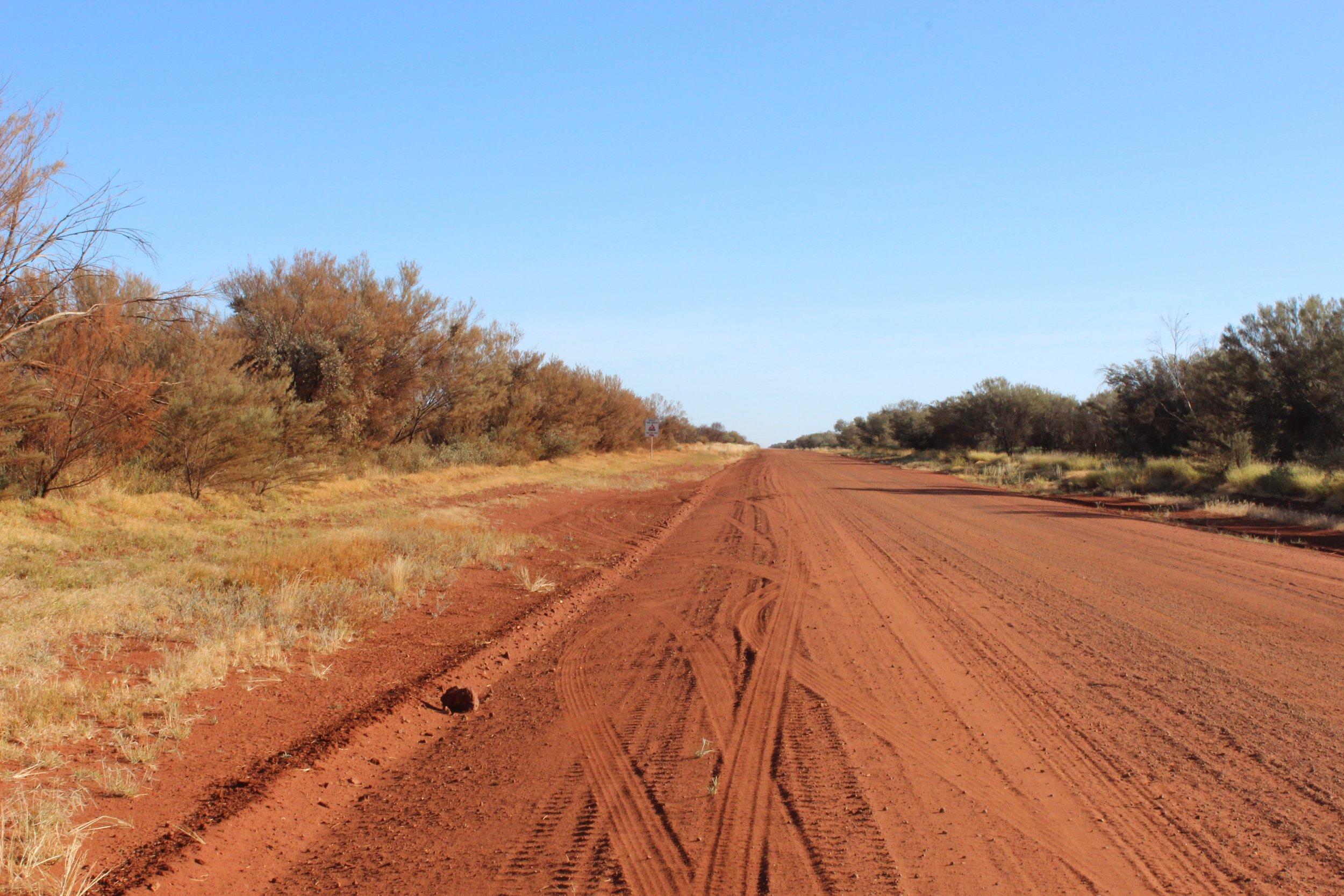 Bay Gallery Home : Australian Aboriginal Art, Wallpapers, Tiles, Rugs, Tables & Accessories. Design with Origin.