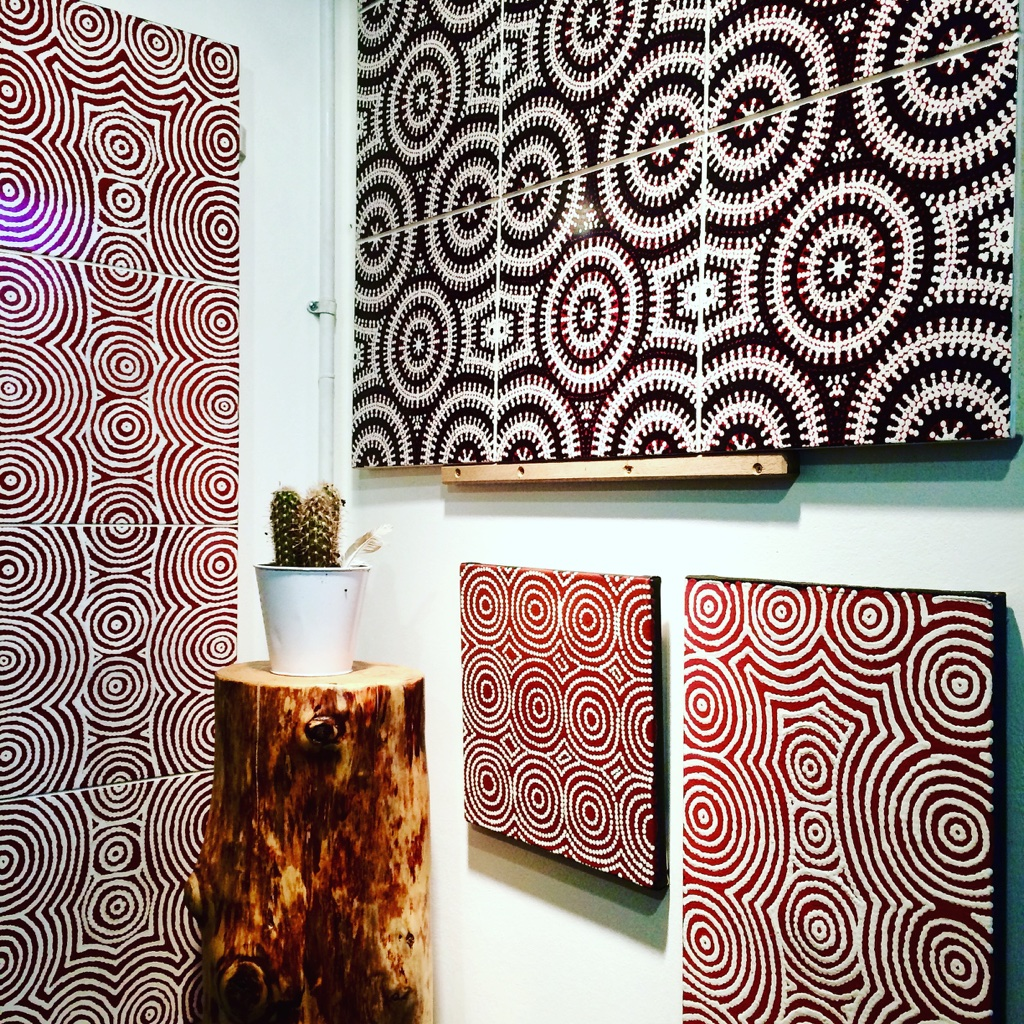 Bay Gallery Home, My Country, Australian Aboriginal Art, Wallpapers, Tiles, Rugs.