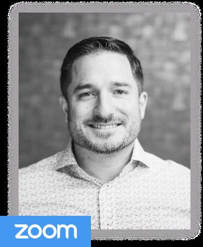 """Reforge让我能够与世界各地的公司进行头脑风暴;无论是在我所在的行业内还是在行业外。我能立即将学到的知识应用到日常工作中,并继续依靠社区作为资源。""- Jay MohammadSubscriptions Manager"