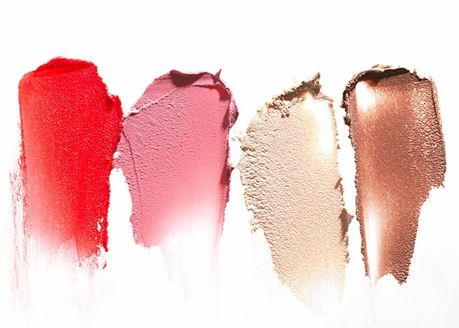 The  RMS Pop Collection  includes a bronzer, luminizer and two bright yet sheer cheekcolors (that can also be used on your lips!).