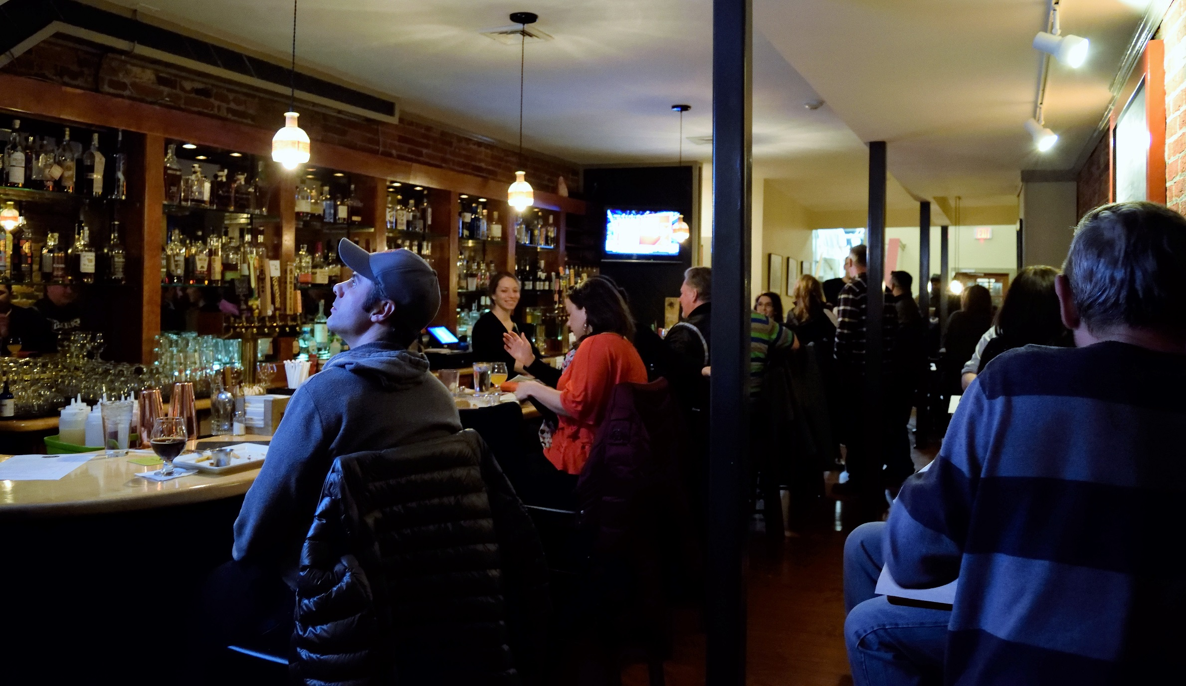 Nice bar area, with tons of promise! Come visit!