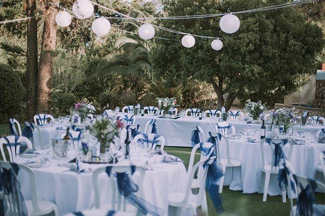 Throw back to sunny, beautiful, warm Portugal ☀️ #wedding #weddingphotography #instawedding #weddingplanning #weddingdecor #weddingsabroad #portugal #lantern #weddinglights