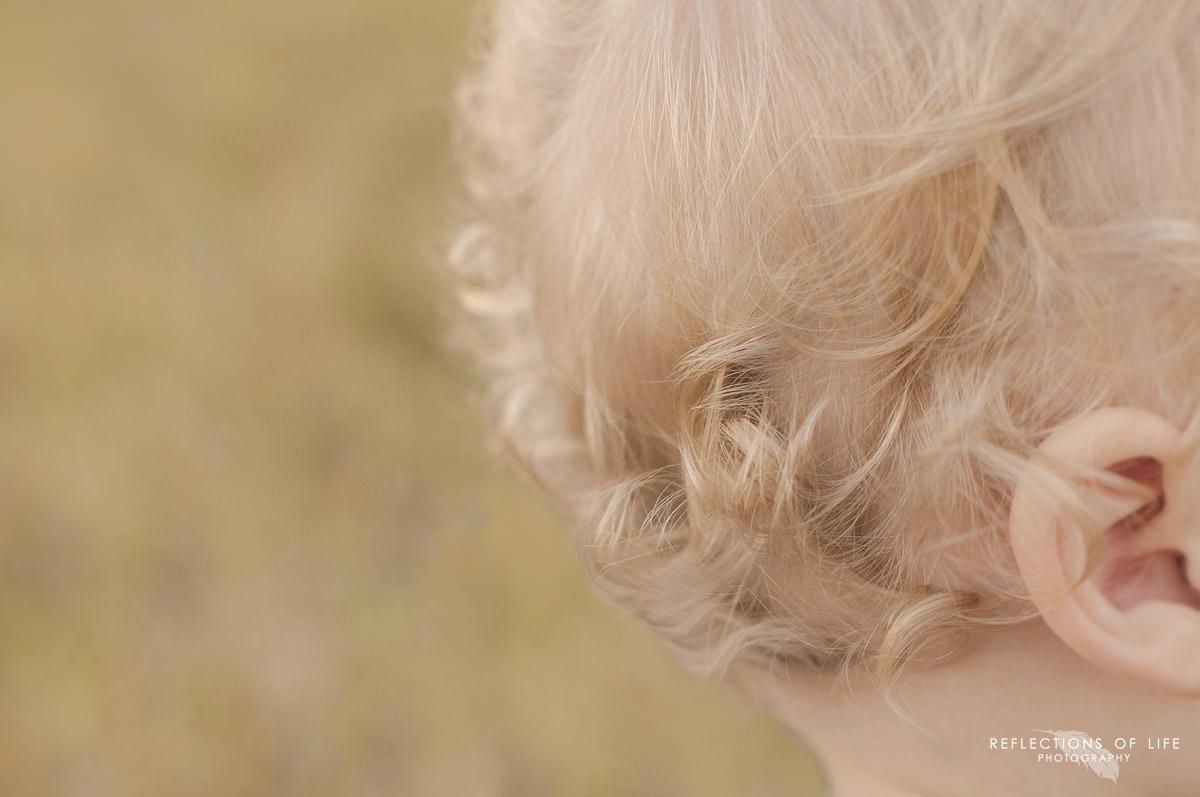 baby-curls-niagara-photographer.jpg