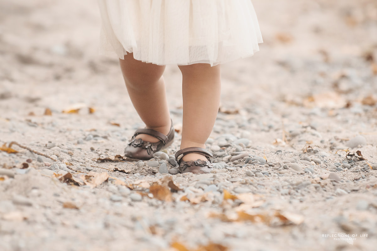 professional-baby-photography-at-the-beach.jpg