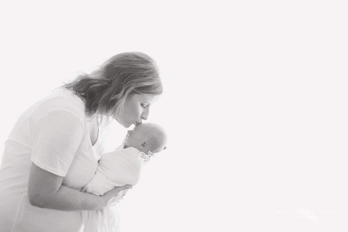 grimsby-on-newborn-photographer (14).jpg