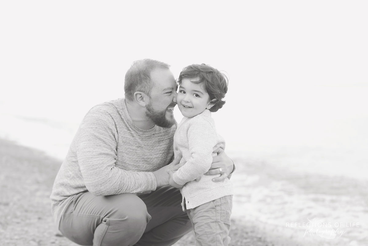 Fun daddy and son family pictures St Catharines Ontario